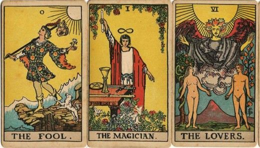 Step-by-step guide to conducting an accurate tarot card reading. Perfect for first-timers or those new to tarot cards.