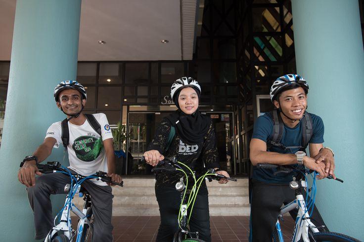 Ride around the city of Johor Bahru at ēRYAbySURIA Johor Bahru