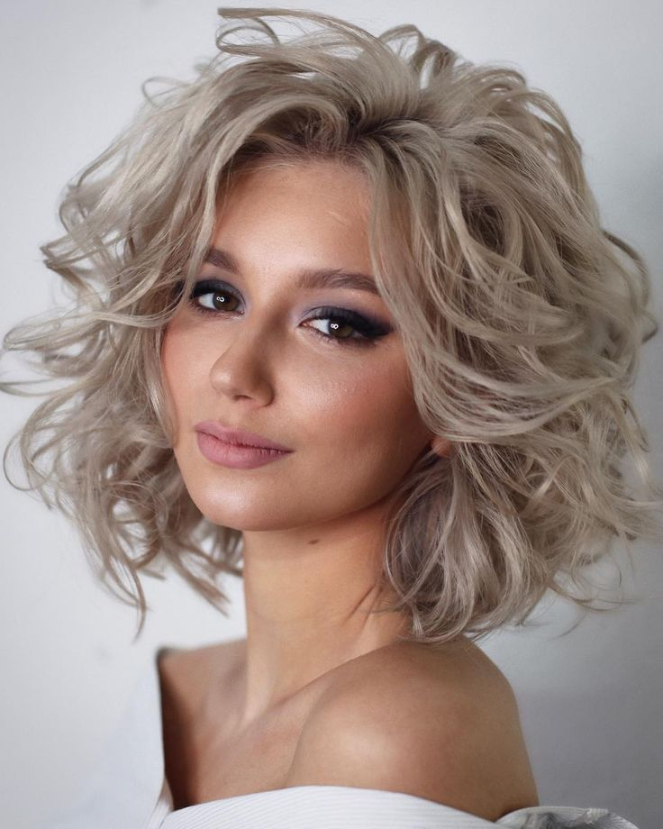 любой красивые укладки на средние волосы фото привести несколько рекомендаций