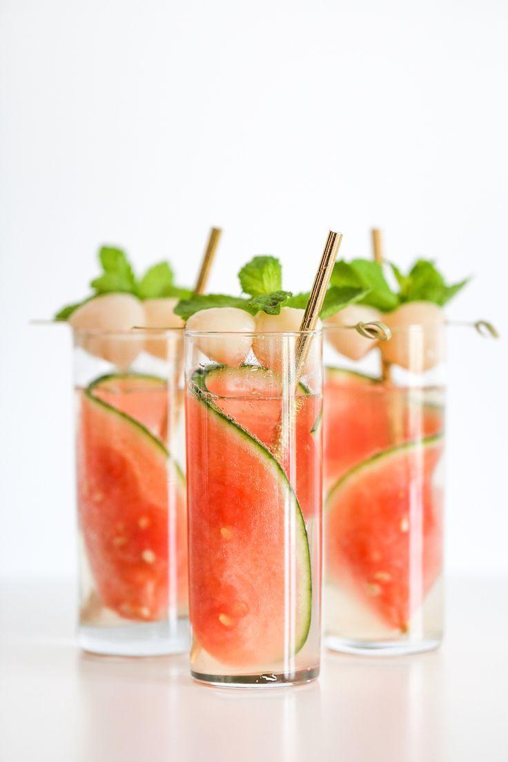 Nachricht 4 21+ Dieser köstliche Schaumcocktail aus Wassermelone und Litschi ist perfekt für