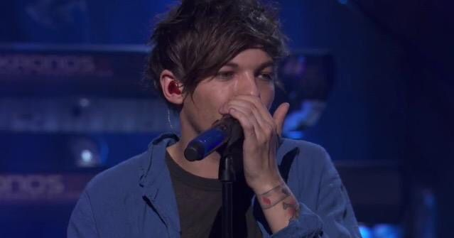 17 Best Images About Louis Tomlinson On Pinterest