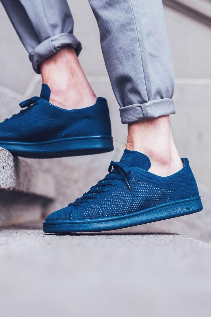 köp på nätet kolla upp nytt billigt The Best Men's Shoes And Footwear : Blue Classy Sneakers for Men ...