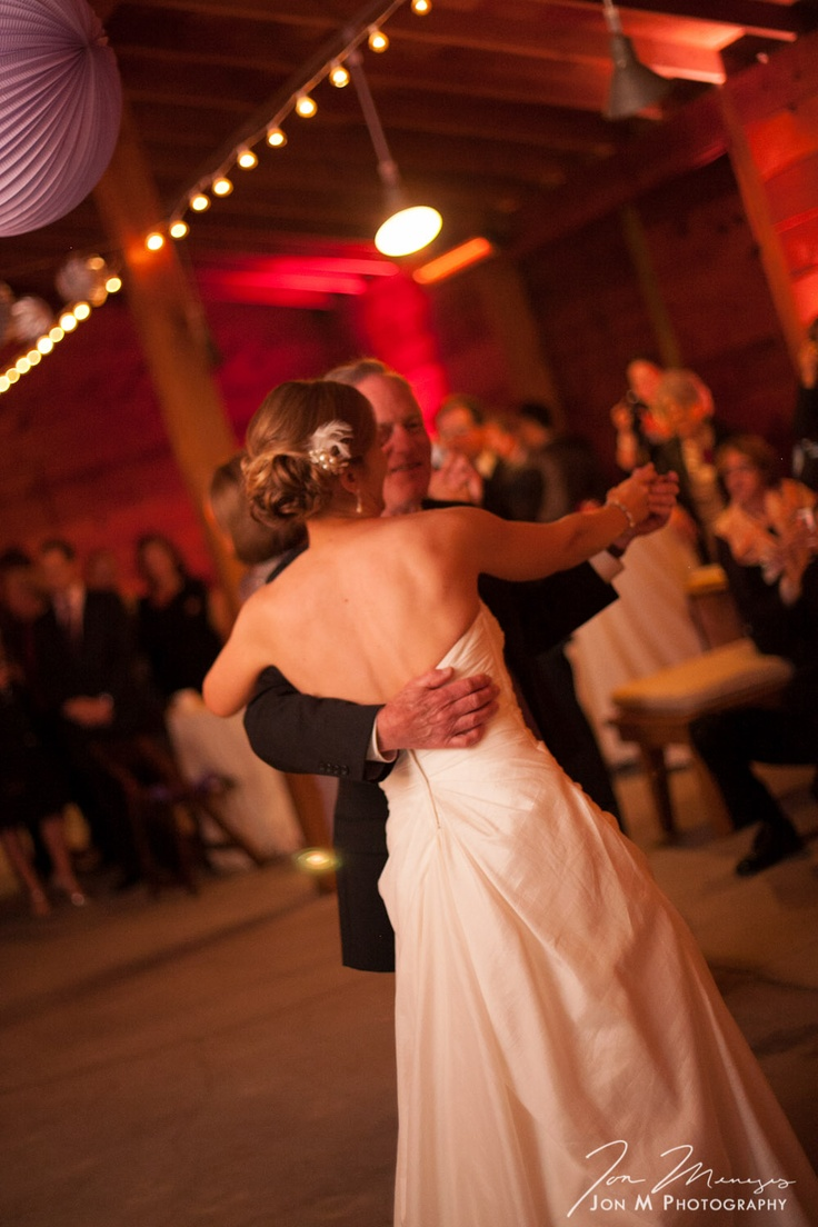 how to introduce the father daughter dance at a wedding