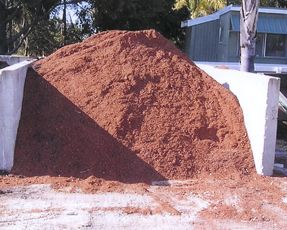 Saw dust can be used to #mulch out weeds in the backyard. We at Oakford Firewood and Mulch supplies high quality stable sawdust. Contact us for delivery: