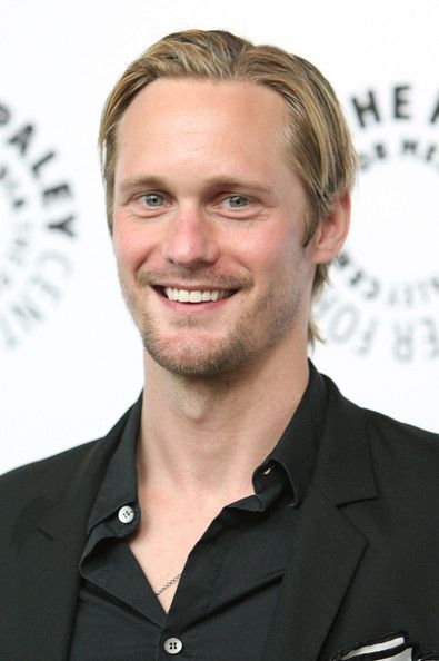 "Alexander Skarsgard Photos - Actor Alexander Skarsgard arrives at the ""True Blood"" season premiere held during PaleyFest09 at the ArcLight cinemas on April 13, 2009 in Hollywood, California on.  (Photo by Jason Merritt/Getty Images) * Local Caption * Alexander Skarsgard - ""True Blood"" At PaleyFest09"