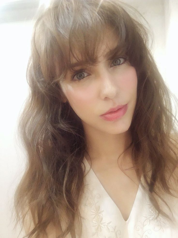 Stunning Dutch-Japanese actress, model, and singer with Intoxicated eyes : Stefanie Joosten