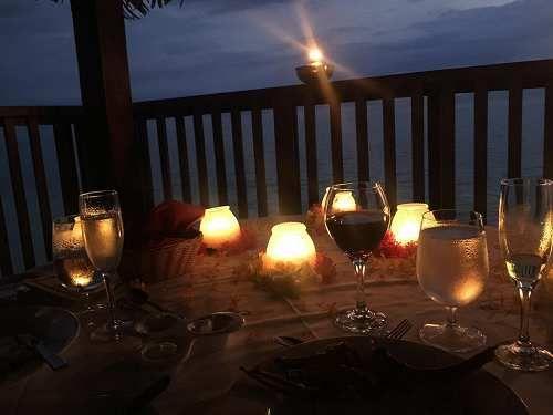 Attualià: Ora della #Terra WWF e Altromercato festeggiano con cene a lume di candela in tutta Italia e un men... (link: http://ift.tt/2mUOBRr )