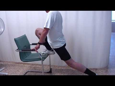 Stretching Iliopsoas con aiuto della sedia Italiano FILE0011