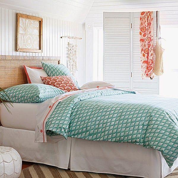CHIC COASTAL LIVING: Island Style: SERENA & LILY SUMMER bedroom bedding Captiva