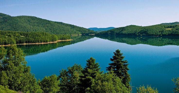 Λίμνη Πλαστήρα - Απόδραση στη γαλήνη   -   Plastira Lake - Escape to tranquility   http://oitylo.com.gr/