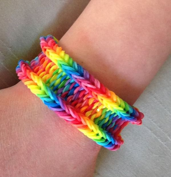 Rainbow Weave With The Latest Versions Of The Rainbow Loom