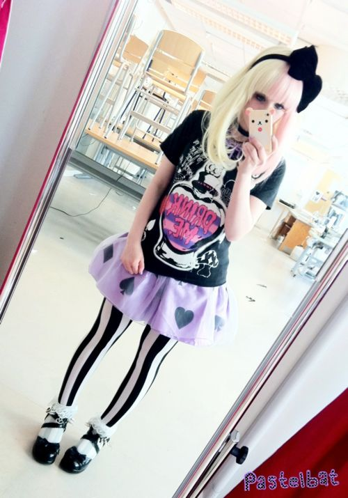 Alice inspired I love it and I want her top!!!