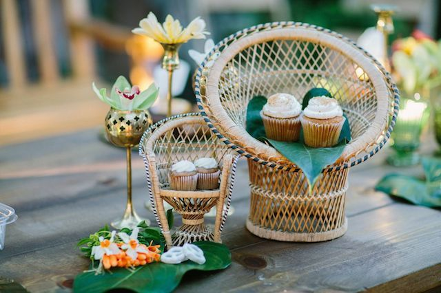 Mini banana muffins | Joielala Photography | see more on: http://burnettsboards.com/2014/05/colorful-tropical-wedding-ideas/