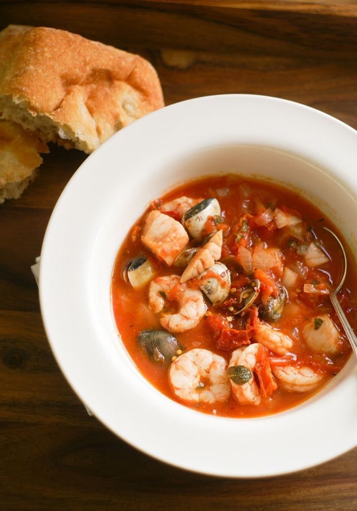 Paleo Cioppino Garlic Crostini