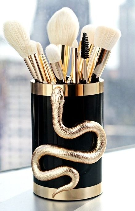 The serpent brush collection that will make Harry Potter fans SUPER excited! See what they look like up close and all the details for when they will go on sale