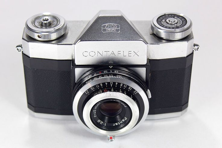 Vintage1958 Zeiss Ikon, Contaflex Alpha 35mm Camera – a must for any camera collector and perfect for display. Free Shipping! by RetroPickers on Etsy https://www.etsy.com/listing/207468029/vintage1958-zeiss-ikon-contaflex-alpha