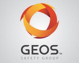 Forme - À l'aide de plusieurs formes en croissant, le logo fait un clin d'oeil à la Terre ronde.