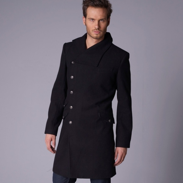 Long and makes feel thinner. THAT kind of  #coat I like !