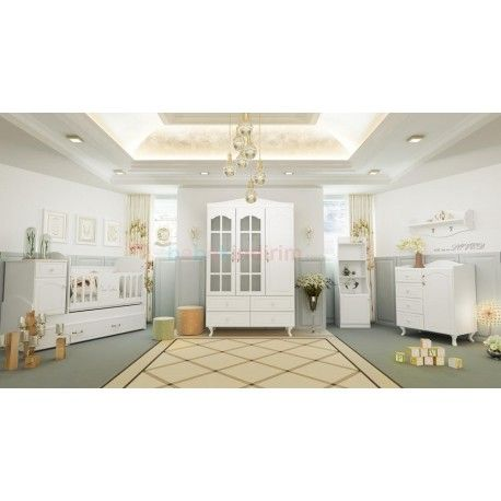 Pierre Cardin Mignon Bebek Odası Takımı  3 kapaklı ve 2 kapaklı gardırop seçeneği.  80x180 yavru yataklı büyüyen beşik.  Şifonyer + Duvar rafı.  Oyuncak dolabı.