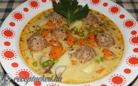 Húsgombóc leves gazdagon recept fotóval