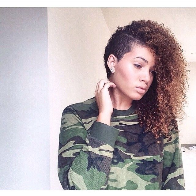 Biggest natural hair trends of 2014: shaved sides and the undercut @kingsheis_ #naturalhairdoescare #texturethursday #naturallycurlyhair