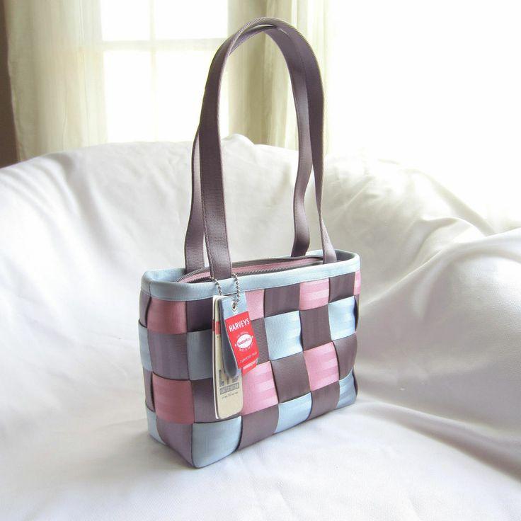 Harveys Seatbelt Bags - LTD Medium Tote Cupcake