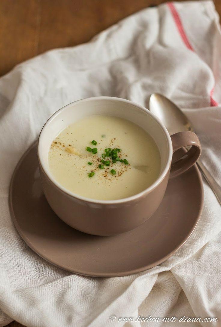 Spargelcremesuppe/ Asparagus cream soup