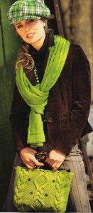 Grünen Schal und Tasche mit Zöpfen