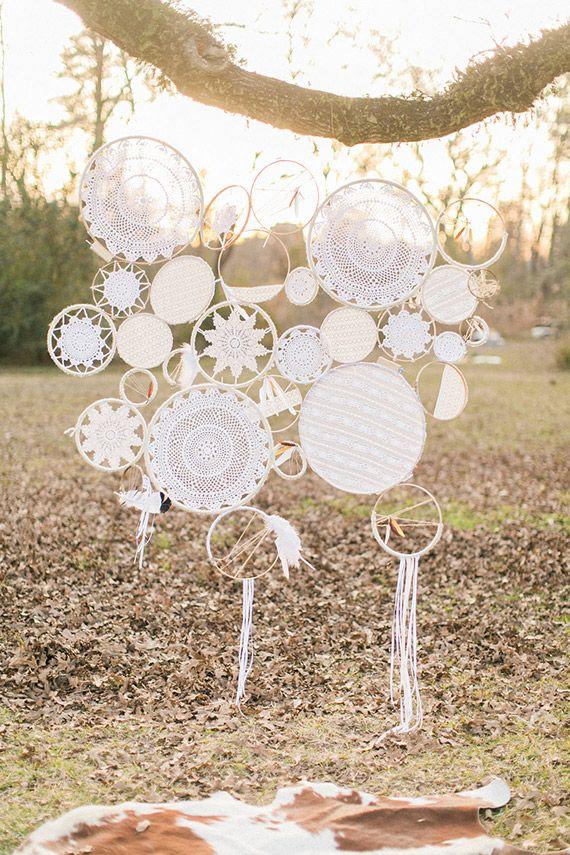 Bohemian bridesmaid inspiration | Photo by Awake Photography | Read more - http://www.100layercake.com/blog/wp-content/uploads/2015/03/Bohemian-bridesmaid-inspiration