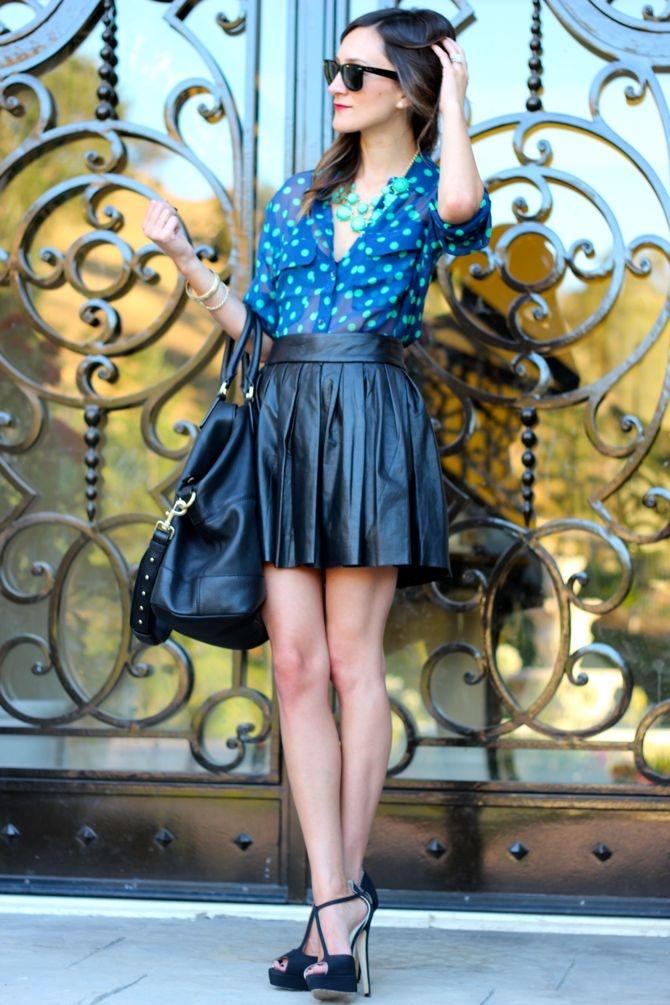 Pleated Leather & Polka Dots: Hearts Fashion, Frankie Hearts, Polka Dots, Post, Fashion Style, Leather Skirts, 0001 Leadher Skirts Rok, Outfit, Pleated Leather Skirt