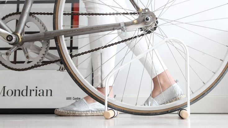 WAO, el aparcabicis para dentro de casa  Kickstarter #bicicletas #crowdfunding