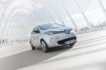 Ahead of launching sales of the Renault ZOE all electric car in March, the company released a full write-up on Tuesday. The write-up gives more details on what may be a game-changing electric car, with a low price, great electric driving range, and fast charging
