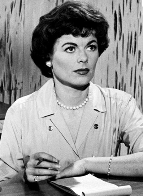 Barbara Hale (Della Street on Perry Mason).. her style is so classy!