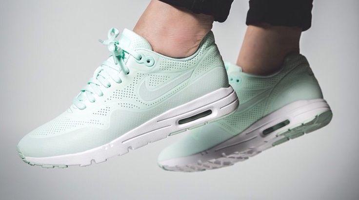 Nike Air Max 1 Mint