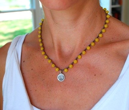 DARLING glass bead crochet necklaces. ♥