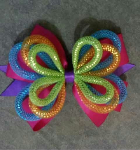 Never thought to use this tubing for hair bows like this... I will now! Super cute.
