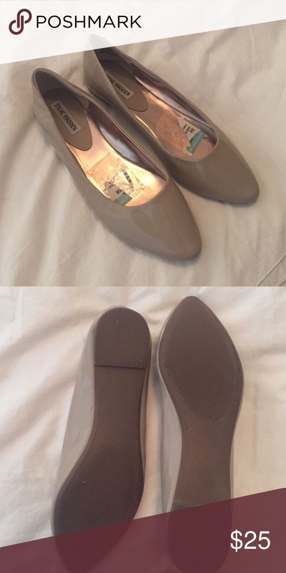 Steve Madden flats Never worn. From Nord Rack. Steve Madden Shoes Flats & Loafers
