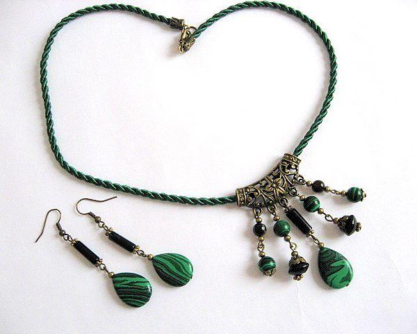Set pietre onix si malachit colier si cercei  - idei cadouri femei - ocazie - pietre semipretioase