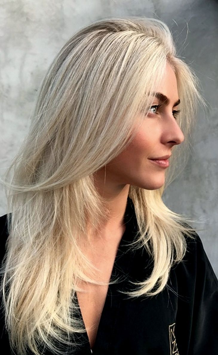 Julianne Hough In 2020 Natural Hair Styles Natural Hair Color Long Hair Styles