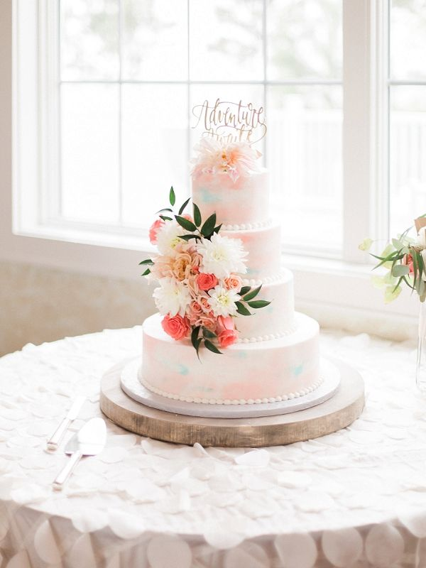 Watercolor Wedding Cake    #wedding #weddingideas #aislesociety #blushwedding