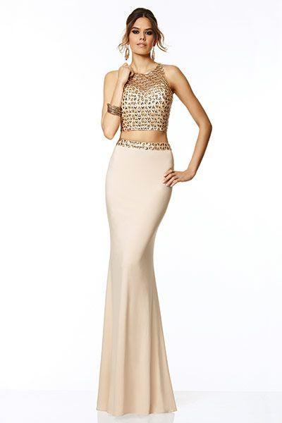 Can u rent prom dresses jj
