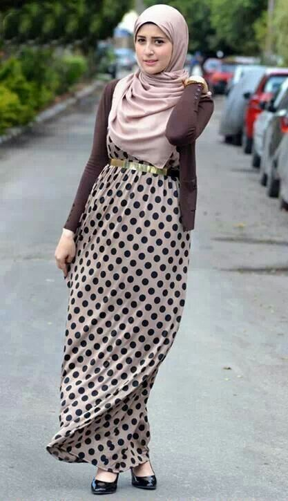 ..Classy and Simple Hijabi Outfit Idea..