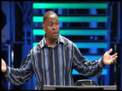 Efrem Smith - Willow Creek Leadership Summit - One of our Mosaix2013 speakers