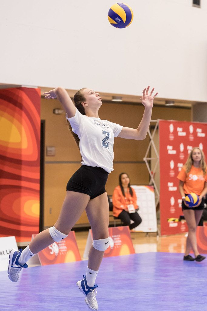 Serve A Volleyball Overhand For Points Consistently To Score More Aces Coaching Volleyball Volleyball Volleyball Skills