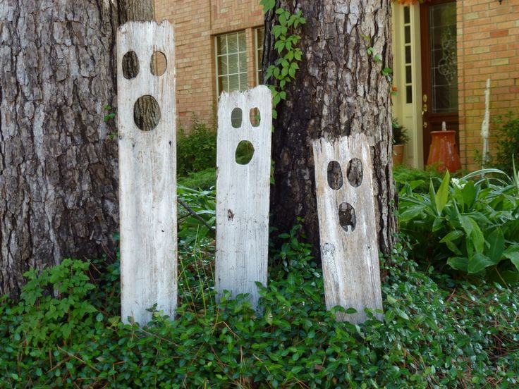 Fence board ghosts