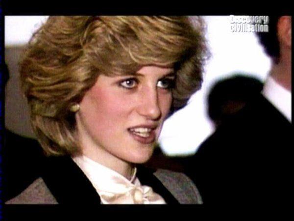 Le 11 avril 1984: la princesse Diana visite British Airways et la British Airports Authority à l'aéroport de Heathrow