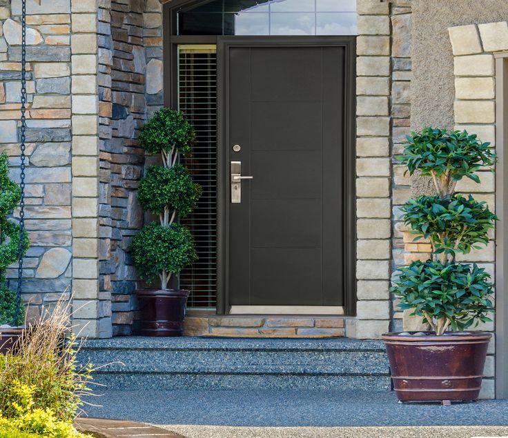 Puerta de seguridad Marsella Premium color chocolate. Espesor de puerta 9cm. Medidas 96x213cm.