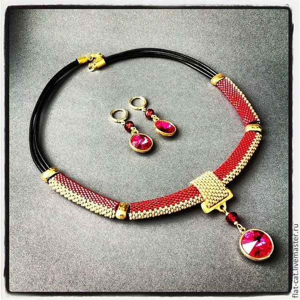 Elegant beadwoven necklace with rivoli pendant by Ayla Kol (Flat Cat on livemaster.ru)