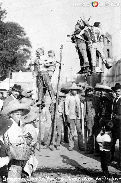 Vendedor de Judas en Semana Santa. Ciudad de México (ca. 1905).