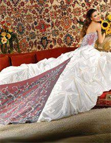 Unika och annorlunda bröllopsklänningar